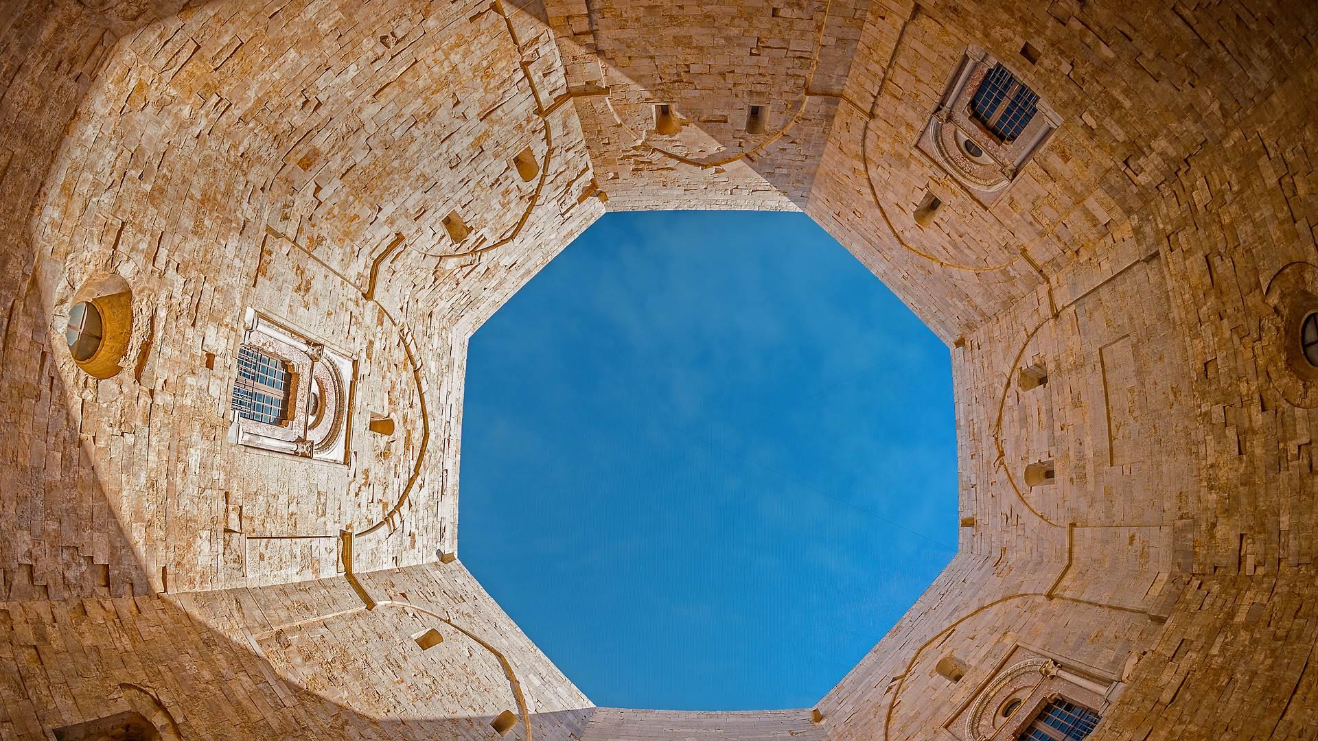 蒙特城堡,意大利普利亚大区