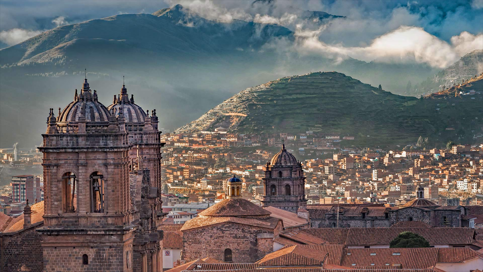 Cusco Cathedral on the Plaza de Armas, Cusco, Peru (© sharptoyou/Shutterstock)