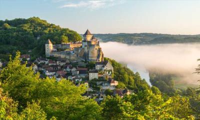 2020.06.28 - 雾中的卡斯特诺城堡,法国佩里戈尔
