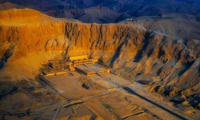 哈特谢普苏特女王神庙鸟瞰图,埃及卢克索古城