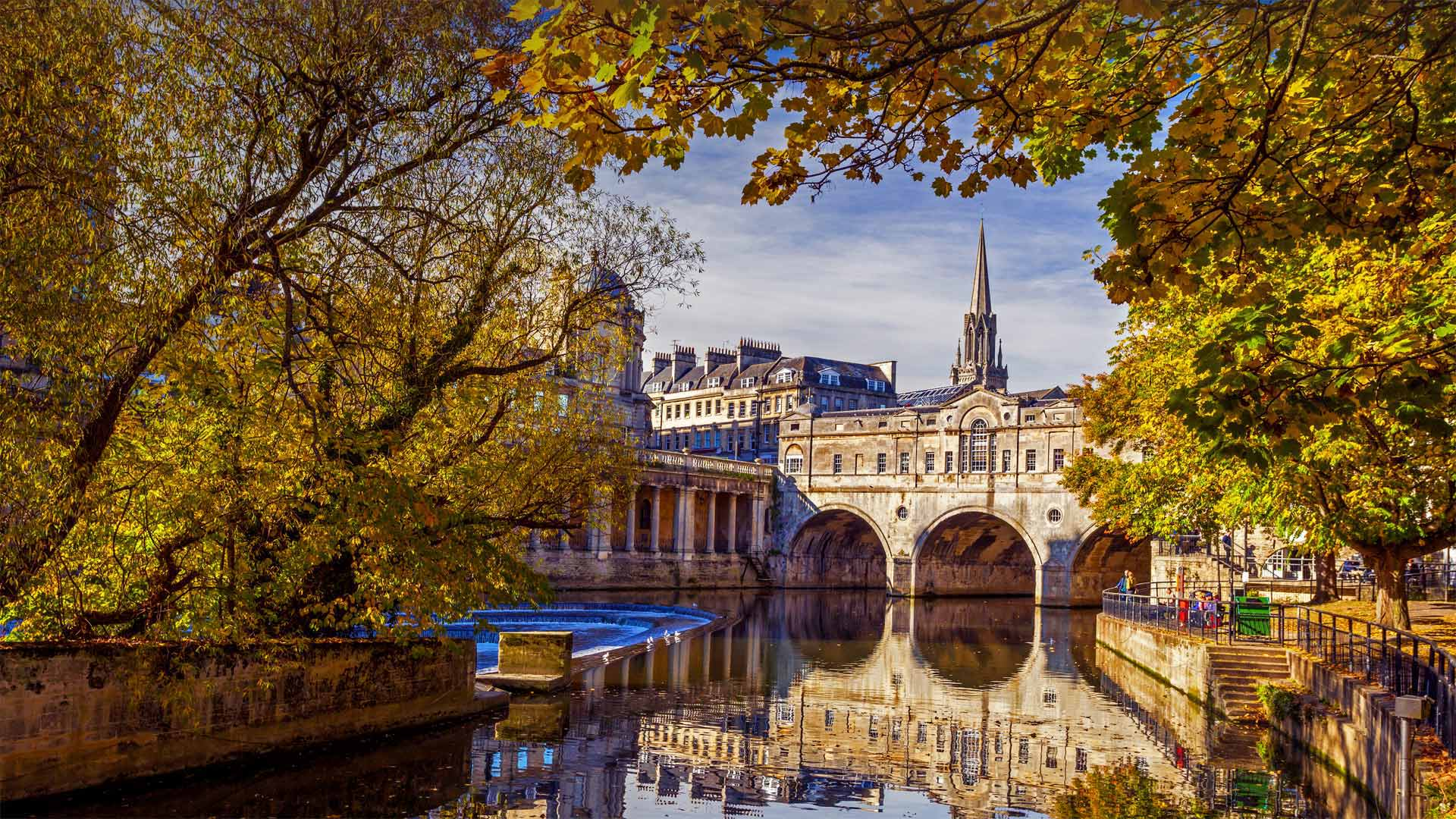 River Avon in Bath, England (© Robert Harding World Imagery/Offset by Shutterstock)